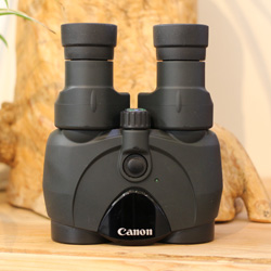 Used Canon IS 10x30 Image Stabilised Binoculars